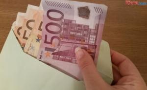 Un agent de paza dintr-un mall din Capitala a gasit un plic cu 33.000 de euro intr-un cos de cumparaturi