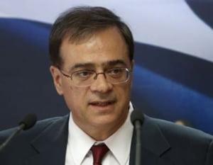 Un fost ministru grec de finante recunoaste ca si-a scos bani din tara in 2012 de teama falimentului
