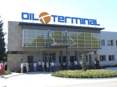 Un membru al CA Oil Terminal acuza ilegalitati comise la varful companiei
