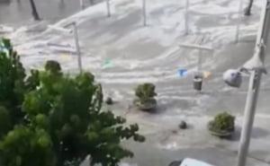 Un mini-tsunami a inghitit o plaja a insulei Mallorca (Video)
