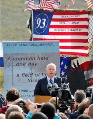 Un razboi total SUA-Rusia, solutia pentru pacea in lume? McCain: Sa intensificam suferinta Rusiei