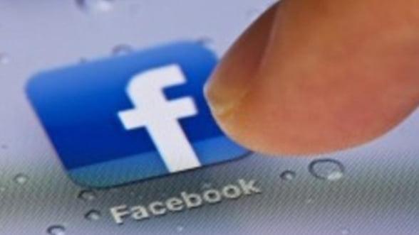 Un roman din cinci anunta pe Facebook sau pe alte retele de socializare ca pleaca in vacanta