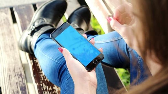 Un sfert din traficul global de Internet va proveni din retelele mobile, pana in 2022 (raport)