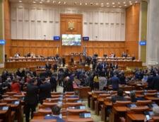 Unanimitate in Camera Deputatilor: Persoanele condamnate pentru spaga si trafic de influenta nu beneficiaza de pensie de serviciu