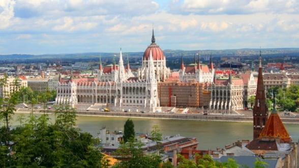 Ungaria dubleaza taxa pe tranzactii financiare