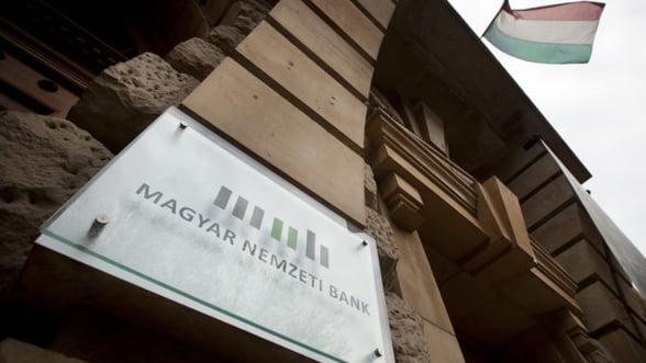 Ungaria elimina comisioanele la retragerile de la bancomate de pana la 500 euro de pe luna