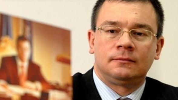 Ungureanu ameninta cu demiterea conducerii ANAF si CNAS in lipsa de performanta