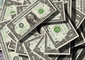 Uniunea Europeana a introdus taxe pentru importurile din SUA