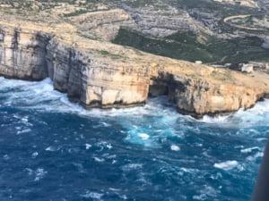 Unul dintre cele mai populare obiective turistice naturale din Malta s-a prabusit in mare