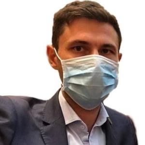 """Unul dintre initiatorii legii mirosurilor reclama """"un lobby destul de puternic"""" din partea firmelor vizate: """"Marea miza e ca anumite firme vor fi obligate sa investeasca"""""""