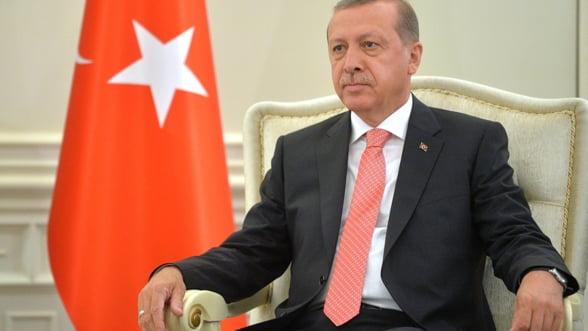 Urmeaza prigoana: Erdogan are mana libera sa-si vaneze adversarii