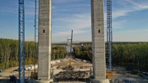 """VIDEO Marele pod peste Dunare de la Braila """"creste"""" cu o viteza uluitoare. Care este insa marea problema: """"Vor transforma aceasta lucrare in cel mai rusinos muzeu din istorie"""""""