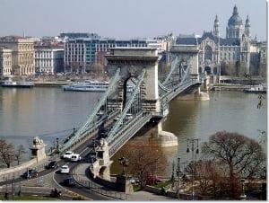 """Vacanta in Budapesta. Descopera stralucirea """"Perlei Dunarii"""""""