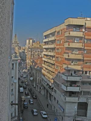 Valoarea medie a unui apartament vechi a sc?zut cu 11% in 6 luni