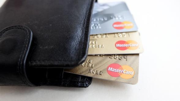 Valoarea tranzactiilor cu cardurile de credit s-a dublat in ultimii 4 ani