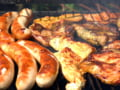 Vamesii bulgari au confiscat peste 200 de kg de carnati de la romanii plecati in vacanta in Bulgaria si Grecia