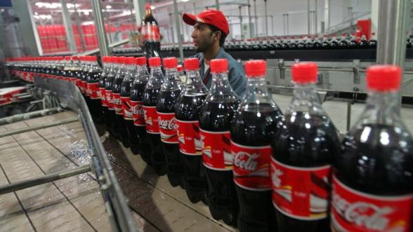 Vanzarile Coca-Cola scad pe fondul crizei din Ucraina, dar si a declinului din Romania