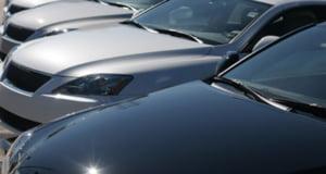 Vanzarile de masini din SUA inregistreaza scaderi dramatice