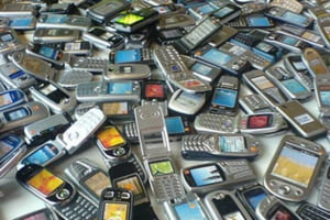 Vanzarile de telefoane mobile, sub semnul crizei in 2009