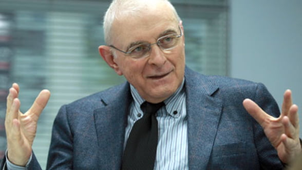 Vasilescu, BNR: Suntem departe de o depreciere a cursului de 15-20%