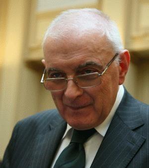 Vasilescu: Solutia Guvernului e cel mai greu de realizat, dar e raul cel mai mic