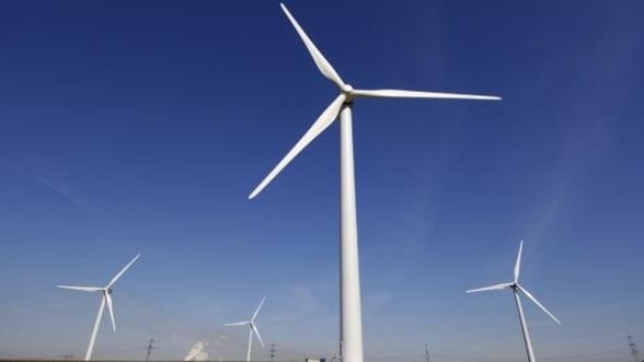 Vaslui va beneficia de investitii de 100 milioane euro in 27 de parcuri eoliene