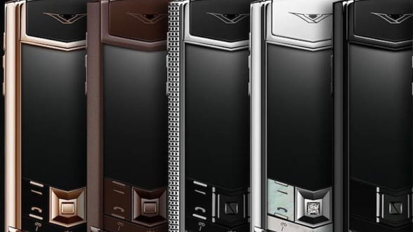 Vertu Signature - iata cum trebuie sa arate un smartphone de lux!