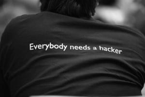 Victor Gansac, Safetech Innovations: Ne asteptam ca amploarea si complexitatea atacurilor cibernetice sa creasca. Cum se pot pregati organizatiile pentru a face fata atacurilor?