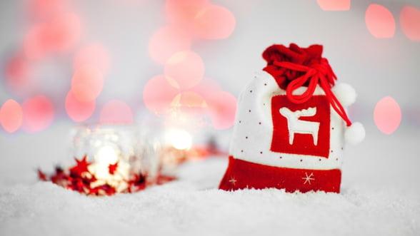Vine vremea cadourilor, dar ai si bani sa le cumperi? Cei mai multi romani spun ca nu
