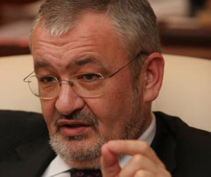 Vladescu: sistemul de acordare a stimulentelor in MFP era grav afectat inca din iulie