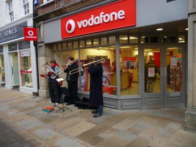 Vodafone renunta la sediul din Londra, daca Marea Britanie iese din UE