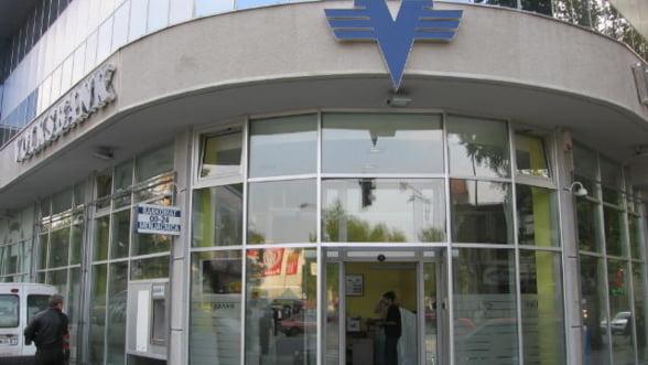 Volksbank este urmarita penal pentru comisioane abuzive - Surse