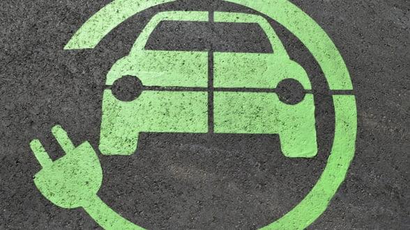 Volkswagen ar putea investi un miliard de dolari in divizia de masini electrice Ford