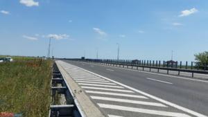 Vor fi restrictii de trafic incepand de luni, pe Autostrada Soarelui. Kilometri intregi de sosea intra in reparatii