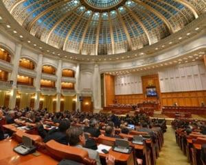 Vot final in Parlament: Ordonanta 13 a fost respinsa, cea de abrogare a fost adoptata