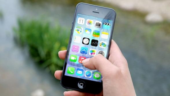 WSJ: Productia de serie a viitoarelor telefoane iPhone, amanata din cauza coronavirusului
