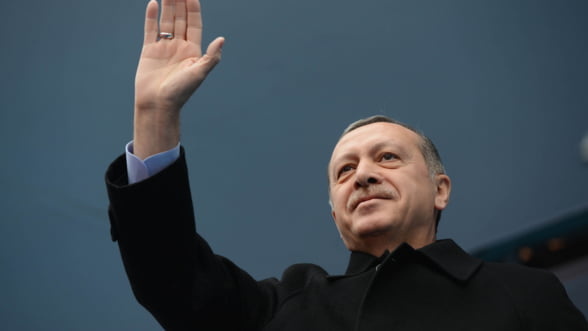 WikiLeaks promite sa le dezvaluie turcilor adevarul despre Erdogan