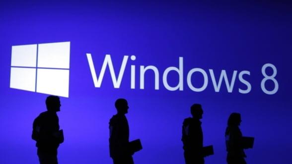 Windows 8 se vinde mai bine decat Windows 7 - 40 mil. de licente intr-o luna