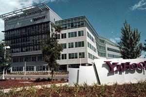 Yahoo, aproape de un acord cu AOL pentru contracararea ofertei Microsoft
