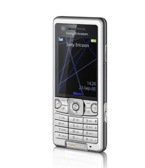 Zambiti, noul Sony Ericsson C510 introduce tehnologia Smile Shutter