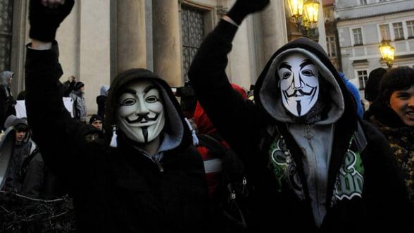 Zeci de mii de europeni au protestat impotriva ACTA