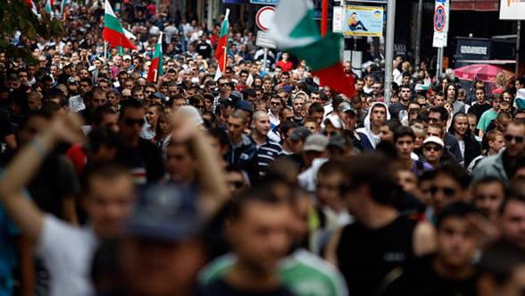 Zeci de mii de persoane protesteaza in Bulgaria fata de coruptie si saracie