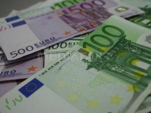 Zona euro ar putea suplimenta fondurile programului de 750 mld de euro