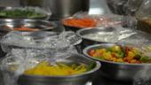 Stii de unde vine salata de la supermarket? De la imigrantii din Spania, tratati ca sclavii si imbolnaviti cu pesticide