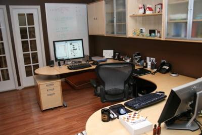 Telemunca - ce dezavantaje sunt la munca de acasa si cum poate fi recreat mediul de la birou in propria locuinta