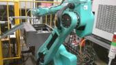 Foxconn a inceput inlocuirea muncitorilor cu masini