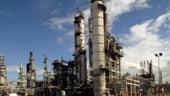 Eni, care are in Romania benzinariile Agip, inchide inca o rafinarie