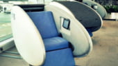 Calatoresti mult cu avionul? La Abu Dhabi poti face o escala pentru somn