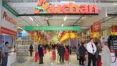 EXCLUSIV. Francezii forteaza Concurenta. Furnizorii romani acuza Auchan ca-i taxeaza si in contul Real