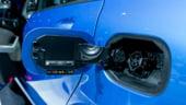 Mercedes se echipeaza cu tehnologie Tesla in lupta pentru cucerirea pietei masinilor electrice